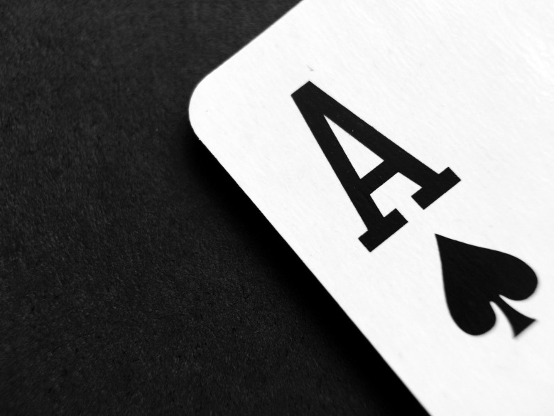 card-1738844_1920